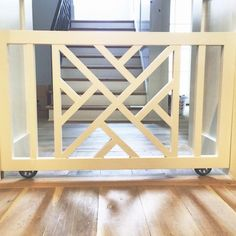 Chippendale is always a good idea. And so are pocket doggy/baby gates Diy Dog Gate, Diy Baby Gate, Pet Gate, Baby Gates, Gate Design, Door Design, Railing Design, Puppy Gates, Dog Gates