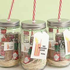 DIY Mason Jar Cocktail Gifts For Any Occasion | These mason Jar cocktail gifts are a fun and thoughtful - yet inexpensive - way to appreciate someone.
