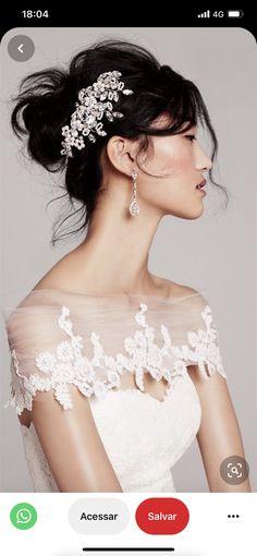 Delicate Wedding Dress, Gorgeous Wedding Dress, Gorgeous Hair, Beautiful Bride, Wedding Veils, Wedding Bride, Wedding Dresses, Lace Wedding, Wedding Paper