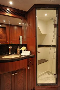 Ocean Alexander 90-VIP Head-Custom Yacht Interior Design-Destry Darr Designs