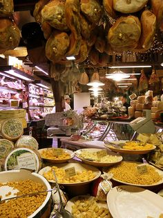 #TeaCollection Love buying food in Italy. It's a feast for the eyes and the tummy.
