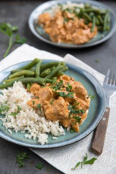 Makkelijke maaltijd: Kip tandoori met sperziebonen. Zonder pakjes, maak je dit gerecht gemakkelijk zelf. Lekker met gekookte rijst.