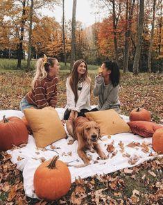 autumn photography Alex # & # # Whos ? Autumn Cozy, Fall Winter, Herbst Bucket List, Dm Foto, Shotting Photo, Autumn Photography, Autumn Aesthetic Photography, Portrait Photography, Travel Photography