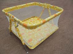 Playpen Antique Vintage Retro Welsh Mesh Crib Baby Child Infant Old Yellow