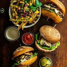 | Burger |