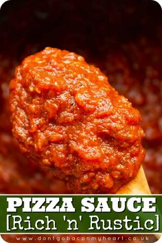 This Pizza Sauce uses pantry staples to produce a rich, thick and outrageously flavoursome base to any homemade pizza! Pizza Taco, Spicy Pizza, Homemade Pizza Rolls, Best Homemade Pizza, Homemade Pizza Sauce, Authentic Mexican Recipes, Roast Recipes, Pizza Recipes, Cooking Recipes