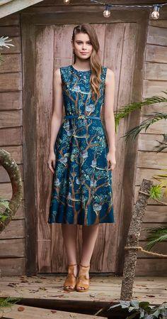 Só na Antix Store você encontra Vestido Midi Cidade na Árvore I com exclusividade na internet