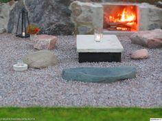 ulkotakka,piha,pöytä,oleskelutila,ulkotilat,kivet,takka,tunnelma