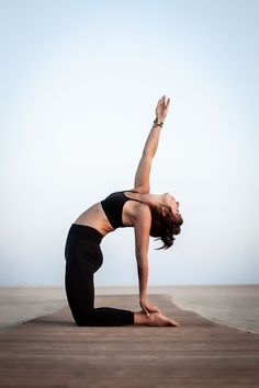 Yoga is known as great workouts for aged people and adults. Yoga helps one stay fit and also is excellent for overall fitness. Vinyasa Yoga, Bikram Yoga, Iyengar Yoga, Ashtanga Yoga, Yin Yoga, Kundalini Yoga, Pranayama, Yoga Inspiration, Fitness Inspiration