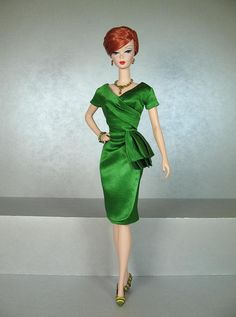 81-1. MAD MEN Joan's Green Dress repro by Natalia Sheppard, via Flickr
