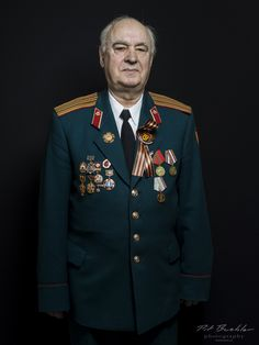 Pit Buehler Photography | Russian War Veterans Victory Parade, Portrait, Moscow, Switzerland, Russia, Photography, Train, Photoshoot, Photograph