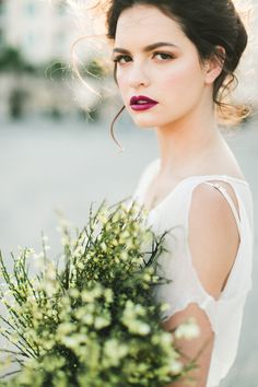 dramatic wedding makeup - photo by Jennifer Sosa Photography http://ruffledblog.com/modern-day-juliet-wedding-inspiration