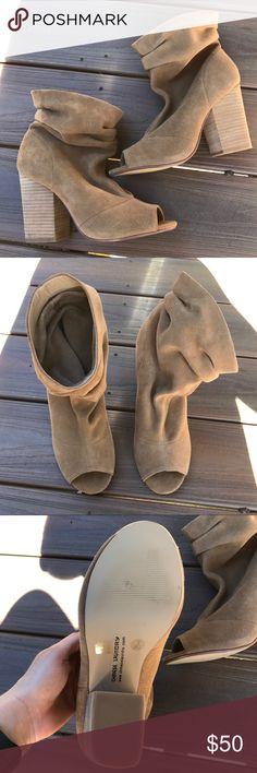 BRAND NEW Kristin Cavallari for Chinese Laundry Women's suede booties size 8. Kristin Cavallari for Chinese Laundry. Chinese Laundry Shoes Ankle Boots & Booties