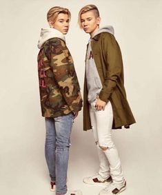 Marcus and Martinus Imagines Cute 13 Year Old Boys, Cute Boys, Mike Singer, Love Twins, Black Wallpaper Iphone, Twin Boys, Perfect Boy, Chloe Grace, Cute Celebrities