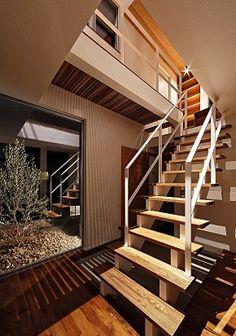GrandLiving 素材を活かしたデザイン。大阪の注文住宅・リノベーションならグランリビング