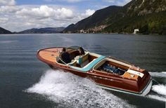 This Lamborghini-Powered Speedboat Is The Best Boat Fifty years ago, Italian yacht manufacturer Riva began production of. Bugatti, Maserati, Ferrari, Speed Boats, Power Boats, Riva Boot, Lamborghini Museum, Ski Nautique, Classic Wooden Boats