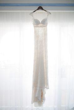 Inbal Dror wedding gown @weddingchicks   #wedding #weddings #bride  #groom #dress #cake #bouquet   www.hotchocolates.co.uk www.blog.hotchocolates.co.uk www.evententertainmenthire.co.uk