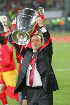 Manager Rafael Benitez celebrates winning the European Cup