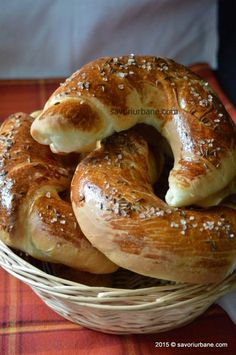 Pastry Recipes, Bread Recipes, Cooking Recipes, Pastry And Bakery, Bread And Pastries, Cooking Bread, Easy Cooking, Paratha Recipes, Hungarian Recipes