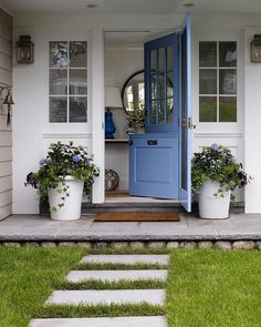 A beautiful Dutch door lends modern farmhouse charm to any home. Here are 10 jaw-dropping examples that will convince you to add a Dutch door to your Front Door Design, Front Door Colors, Building A Shed, Building Plans, Curb Appeal, Front Porch, Exterior Design, Beautiful Homes, Simply Beautiful
