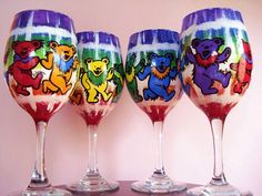 Hey, I found this really awesome Etsy listing at https://www.etsy.com/listing/128807034/set-of-4-grateful-dead-wine-glasses