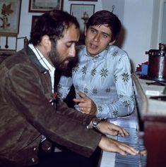 Le più belle foto   Lucio Dalla con Gianni Morandi nel 1969 (LaPresse)