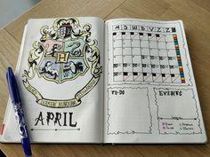 Hogwarts starter page Agenda Harry Potter, Harry Potter Book Quotes, Harry Potter Planner, Harry Potter Journal, Theme Harry Potter, Bullet Journal Banner, Bullet Journal 2020, Bullet Journal Notebook, Bullet Journal Inspo