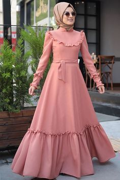 37 Ideas fashion hijab remaja gemuk - Real Time - Diet, Exercise, Fitness, Finance You for Healthy articles ideas Frilly Dresses, Modest Dresses, Modest Outfits, Ruffle Dress, Abaya Fashion, Modest Fashion, Fashion Dresses, Estilo Abaya, Muslim Women Fashion