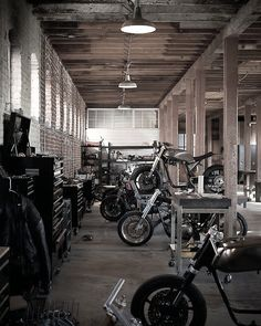 Convert Your Garage into a Man Cave - Man Cave Home Bar Motorcycle Workshop, Motorcycle Shop, Motorcycle Garage, Mechanic Garage, Mechanic Shop, Women Motorcycle, Motorcycle Quotes, Motorcycle Helmets, Man Cave Garage
