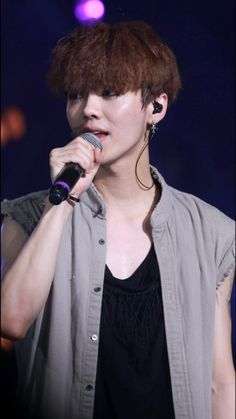 Luhan - 140719 EXO from Exoplanet #1 - The Lost Planet in Shanghai Credit: 放图专用小马甲.