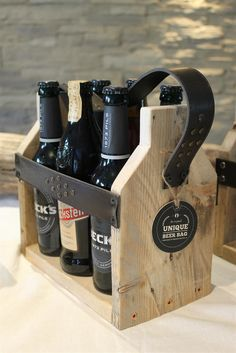 """Wir lieben ja Upcycling. Der Unique Beer Bag aus der Manufaktur 73 ist nicht nur richtig schick, sondern auch noch doppelt nachhaltig: Ist aus """"Abfall"""" und vermeidet Abfall. Eine richtig gute Idee!"""