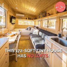 Best Tiny House, Tiny House Cabin, Tiny House Living, Tiny House Plans, Tiny House Design, Tiny House On Wheels, House Floor Plans, Inside Tiny Houses, Small Tiny House