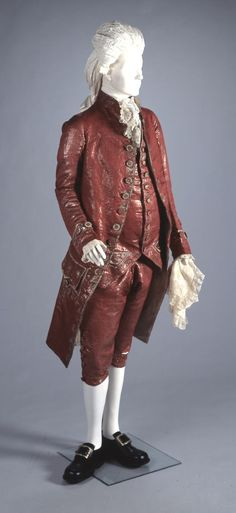 3-piece court suit, Italy, 1775-1800. Red silk with metal thread embroidery.