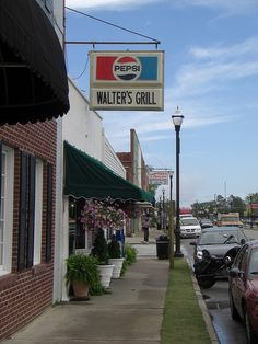 Walter's Grill, Murfreesboro, NC by momisbest, via Flickr