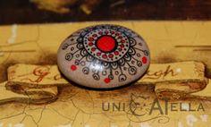 mini painted stone by Unicatella