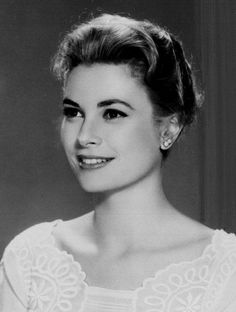 Grace Kelly (1929 – 1982) was an American actress who, after marrying Prince Rainier III, became the Princess of Monaco.