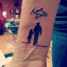 besten Memorial Tattoos Designs & Ideen - Tattoo Motive - My list of best tattoo models Daddys Girl Tattoo, Tattoo Girls, Mom Dad Tattoos, Father Daughter Tattoos, Boy Tattoos, Family Tattoos, Body Art Tattoos, Grandpa Tattoo, Tatoos
