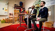 Hussein Ibrahim, rektor och Roger Lindquist, biträdande rektor på friskolan Al-Azharskolan i Vällingby under en pressträff i tisdags.