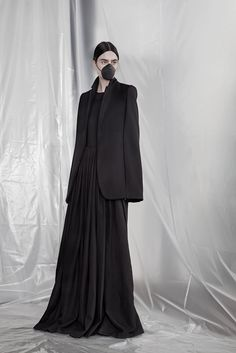 A.F. Vandevorst Fall 2015 I don't know but this reminds me of a horror chick the Slit mouth woman from Japan anyone?