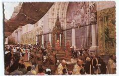 https://flic.kr/p/Mctmdf | Toledo : Fiesta del Corpus = Festival of Corpus Christi = La Fête-Dieu | Título: Toledo : Fiesta del Corpus = Festival of Corpus Christi = La Fête-Dieu Publicación: Madrid : Postales P. Esperón, D.L. 1963.  Descripción física: 1 fot. : B/N (tarjeta postal) ; 10x15. Notas:  D.L. B-11437-1961 Signatura: POS 4673