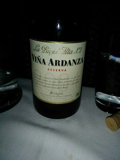 Ardanza rioja 2004 very drinkable Cheese Tasting, Wine Cheese, Along The Way, Wines, Have Fun, Entertaining, Bottle, Food, Flask