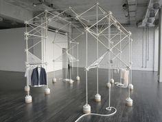 Milan 2013: COS Pop-up Store by Bonsoir Paris - News - Frameweb