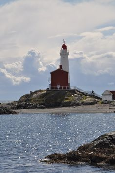 Fort Rodd Lighthouse, Victoria, BC, Canada Victoria Bc Canada, Visit Victoria, Happy Images, Pallet Art, Come And See, Amber Heard, Vancouver Island, Lighthouses, Historical Sites