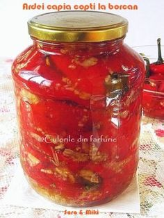 » Ardei capia copti la borcanCulorile din Farfurie Jacque Pepin, Vegetarian Recipes, Cooking Recipes, Romanian Food, Preserves, Pickles, Brunch, Food And Drink, Homemade