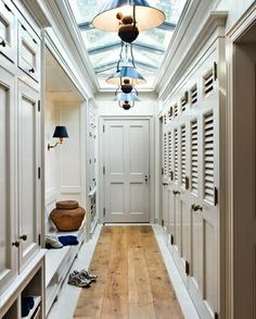 Cottage - Mudroom/lockers