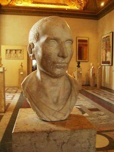 Un véritable buste de l'époque romaine. La preuve que le neuvième docteur a été faire un tour à cette époque !