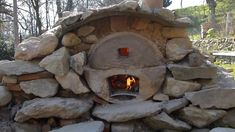 Ep8 - 1/3- Four à pain, pizza...gratuit / free homemade wood fired pizza... Outdoor Stone, Outdoor Fire, Outdoor Decor, Dry Cabin, Backyard Barbeque, Barbecue, Oven Diy, Wood Burning Oven, Pottery Kiln