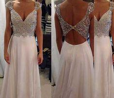 Taşlı Beyaz Abiye Elbise Modelleri