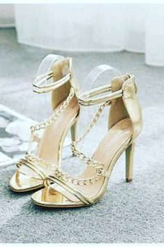 256d4ce9370c4 68 Best Women s Sandals images