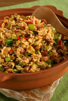 It doesn't get more cajun than Tony's Chicken and Sausage Jambalaya! A Southern favorite, this recipe mixes an array of delicious flavors. There is chicken, rice, smoked sausage, garlic, bell pepper, and onions and is best served with a side of toasted french bread.
